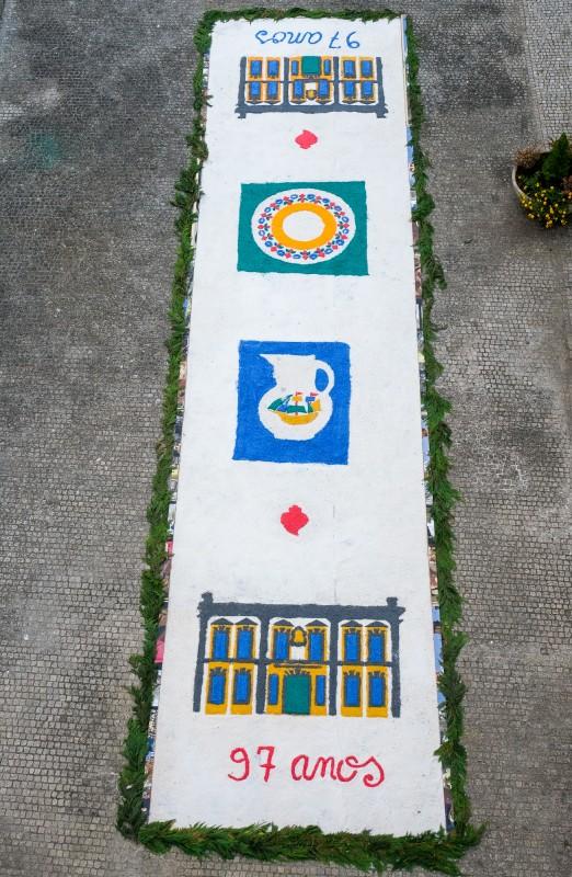 """Museu de Artes Decorativas expõe """"Tapete da Ribeira"""" com 12 metros de comprimento"""