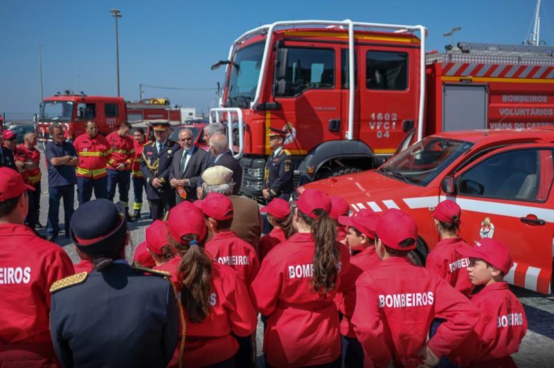 Município apoia aquisição de veículos de transportes e doentes dos Bombeiros Voluntários de Viana do Castelo