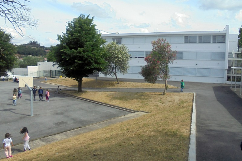 Obras nas escolas custaram 500 mil euros