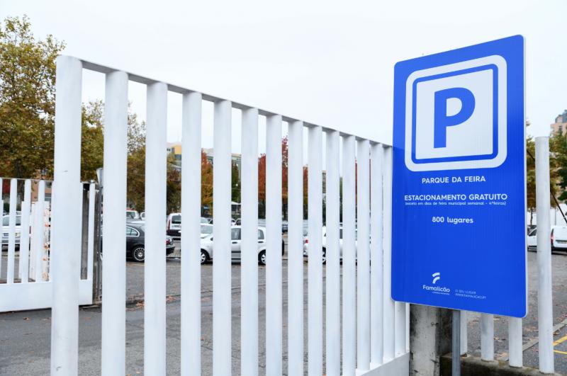 Famalicenses com mais de dois mil lugares de estacionamento gratuito na cidade