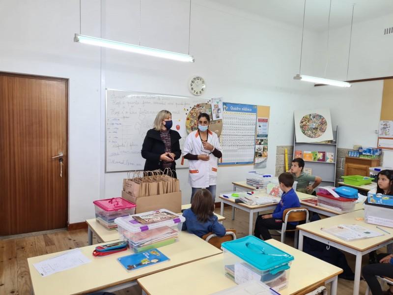 Caminha oferece livros de fichas a alunos do 1.º Ciclo