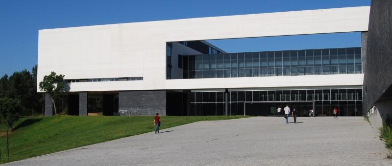 Guimarães reforça resposta de serviços clínicos através de protocolo com Centro de Medicina
