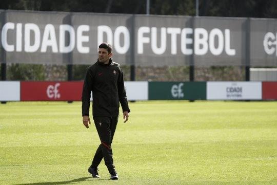 Portugal defronta hoje a Albânia a pensar na qualificação