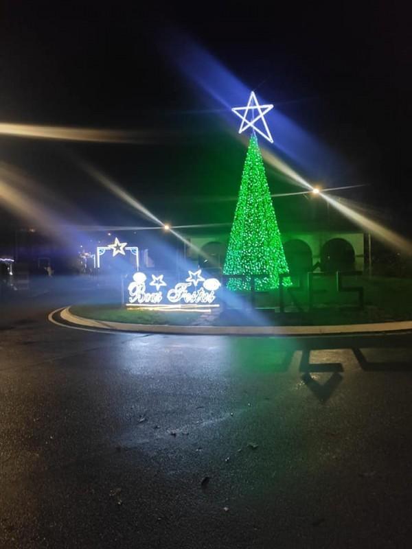 IIuminação natalícia para alavancar o comércio local