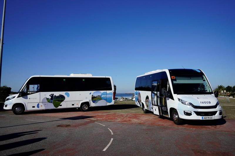 Esposende 'equipado' com dois novos autocarros