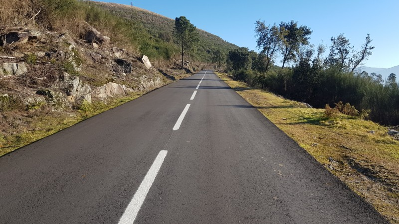 Câmara Municipal investe 600 mil euros na melhoria de 12 km de estradas
