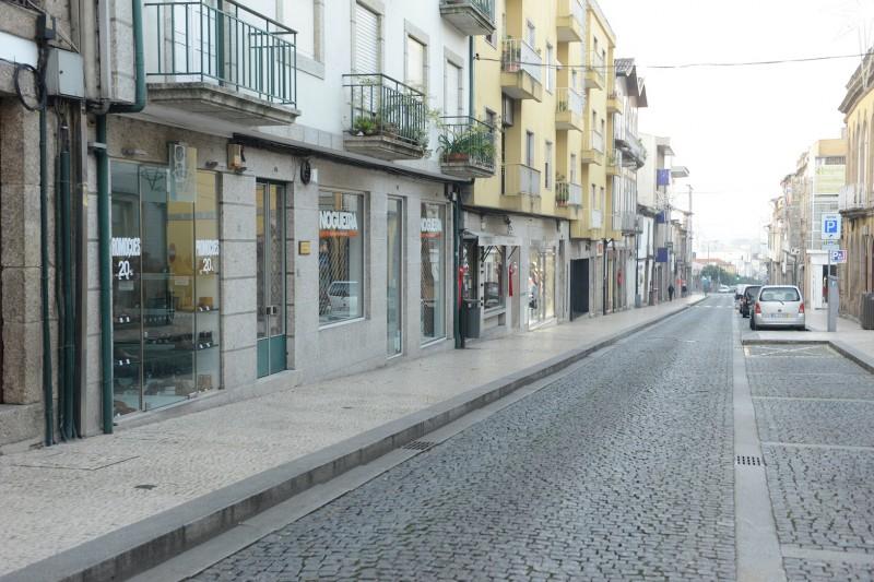 Guimarães: Trânsito interdito na Rua Gil Vicente para realização de obras de beneficiação do pavimento