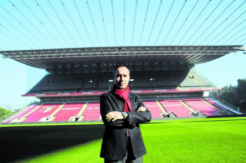 """António Salvador: """"Se fosse tudo direito dentro  de campo, já teríamos sido  campeões nacionais por mérito"""""""