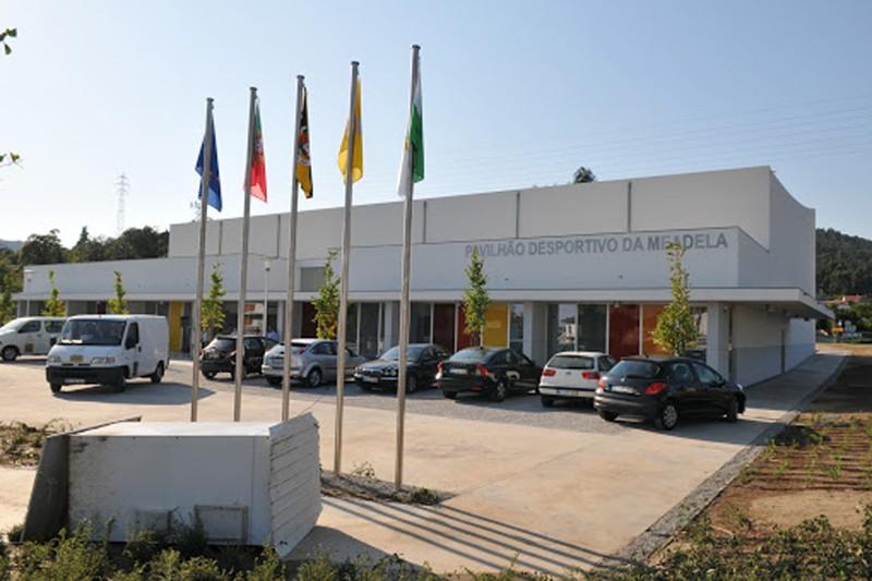 Município compra pavilhão polidesportivo da Meadela