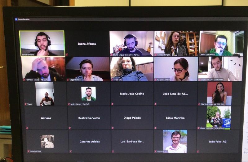 Conselho Municipal da Juventude reuniu por videoconferência para fazer balanço do ano