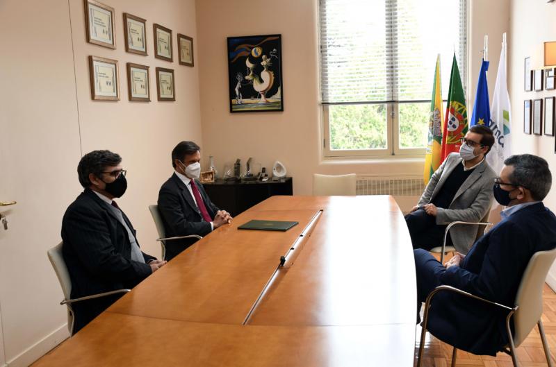 Município de Famalicão estreita relação com Universidade Católica Portuguesa