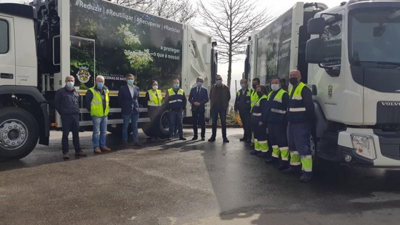 Duas novas viaturas ao serviço da recolha de Resíduos Sólidos Urbanos