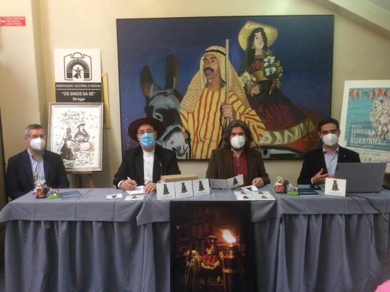 CD 'Na Procissão da Burrinha' é prenda  do grupo 'Os Sinos da Sé' na Semana Santa