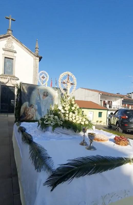 Cruz percorre ruas de Merelim S. Pedro e Frossos