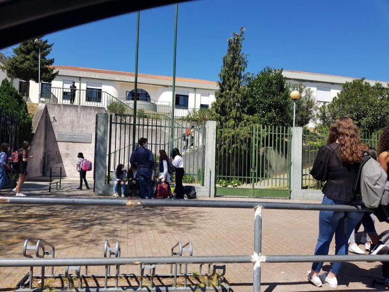 """""""Alunos e famílias já estavam  a precisar do regresso à escola"""""""