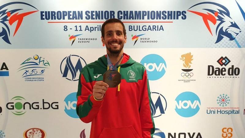 Vimaranense Rui Bragança de bronze na Europa e com confiante nos olímpicos