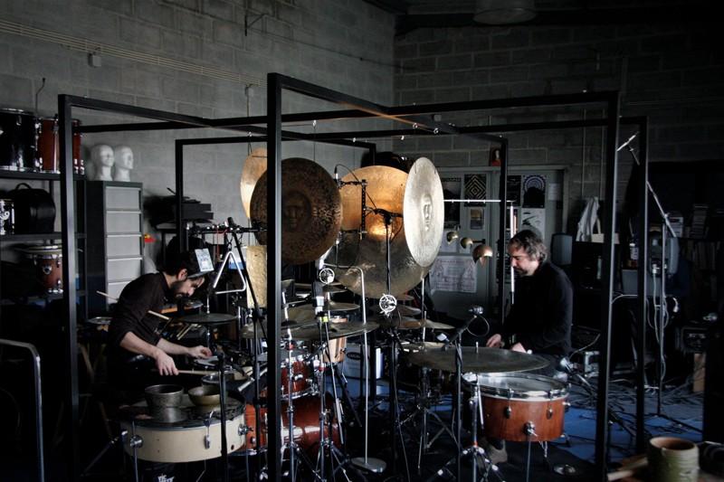 Gnration reabre portas ao público ao som de muita música e instalações artísticas