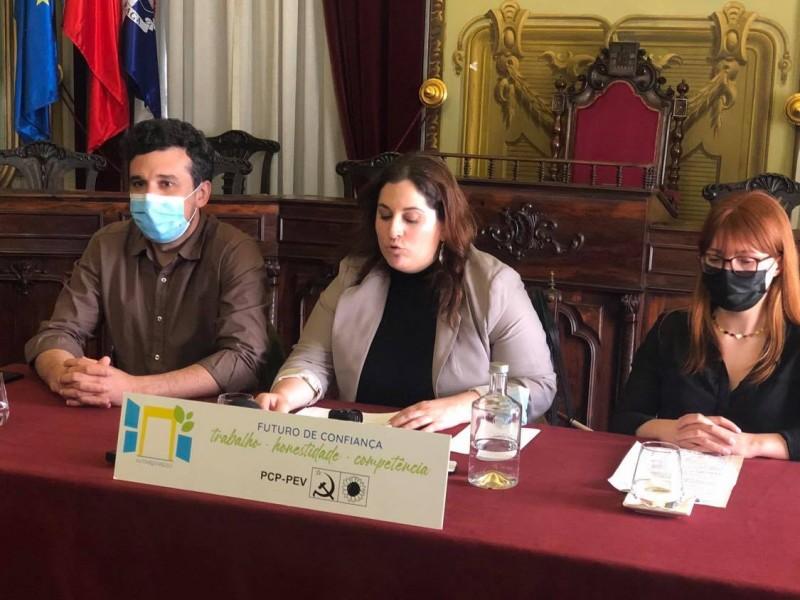 Bárbara Barros concorre para reforçar CDU nos órgãos municipais