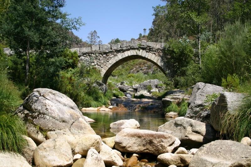 O rio Ave passa em Rossas e leva consigo uma imensidão de encantos