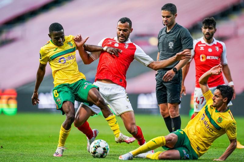 SC Braga: 'Prenda' inadvertida de jordi salvou a terceira seguida...