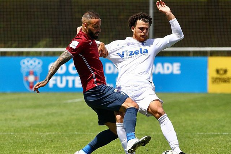 FC Vizela empata contra dez e adia as contas da promoção