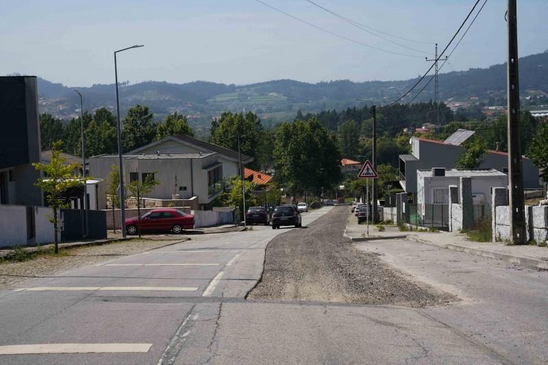Guimarães procede ao reperfilamento da rua Nossa Sr.ª da Guia em Atães