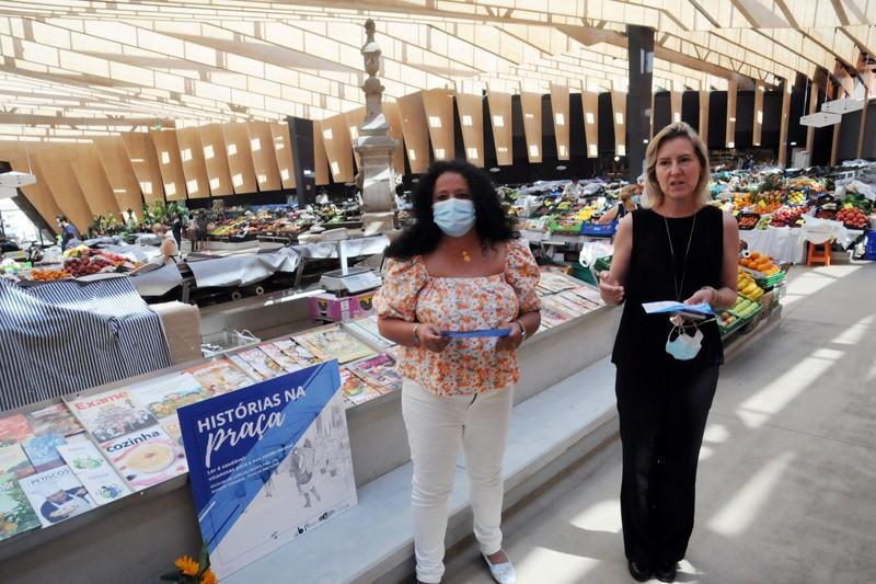 'Histórias na Praça' promove leitura no Mercado Municipal