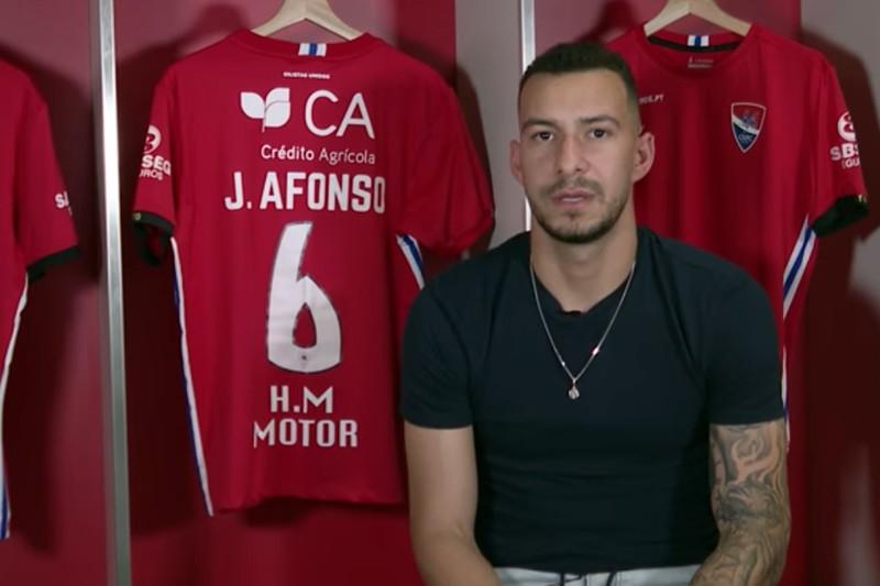 """João Afonso: """"Espero recuperar o mais rápido possível  para ajudar dentro de campo"""""""