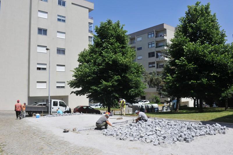 Alameda Maria da Fonte e Rua das Verdosas ganham mais lugares estacionamento