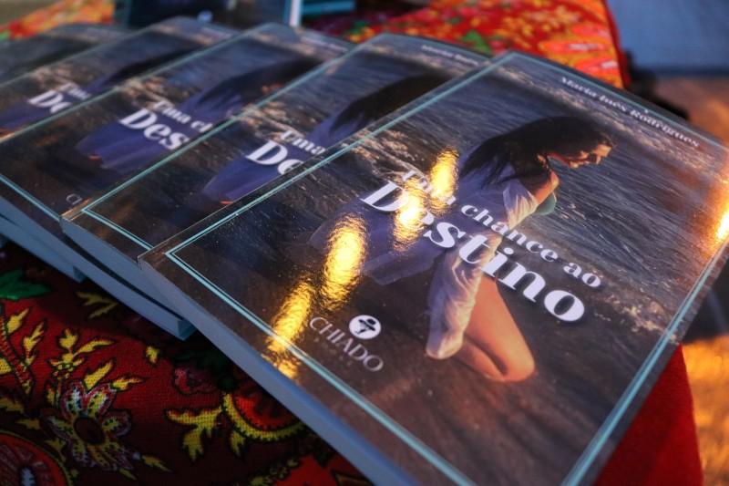 Apresentação do livro ´Uma Chance ao Destino´ de Maria Inês Rodrigues