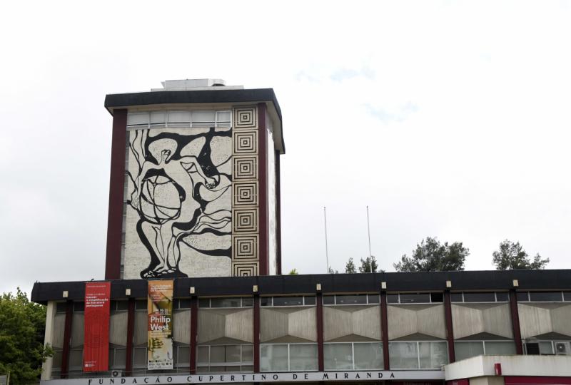 Painéis de João Charters de Almeida e Silva da Fundação Cupertino Miranda vão ser restaurados