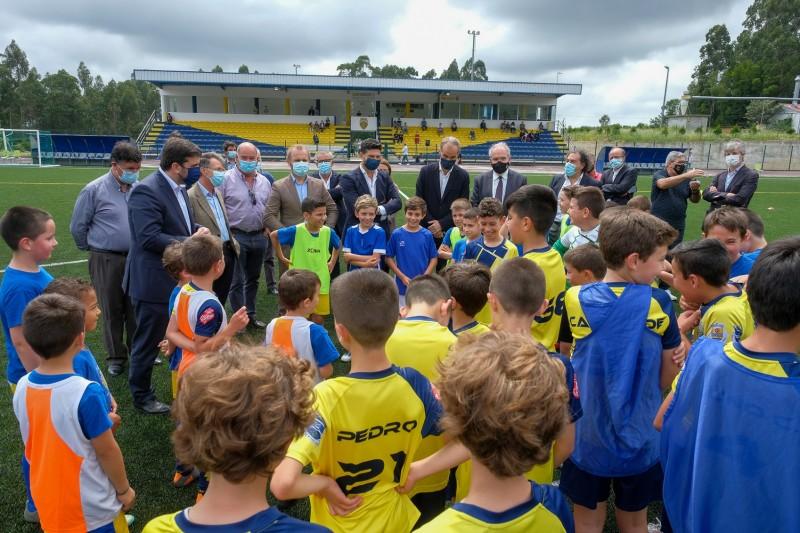 Barroselas inaugura novo campo de futebol sintético