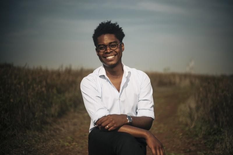 Benjamim M'Bakassy vence prémio literatura dstAngola/Camões