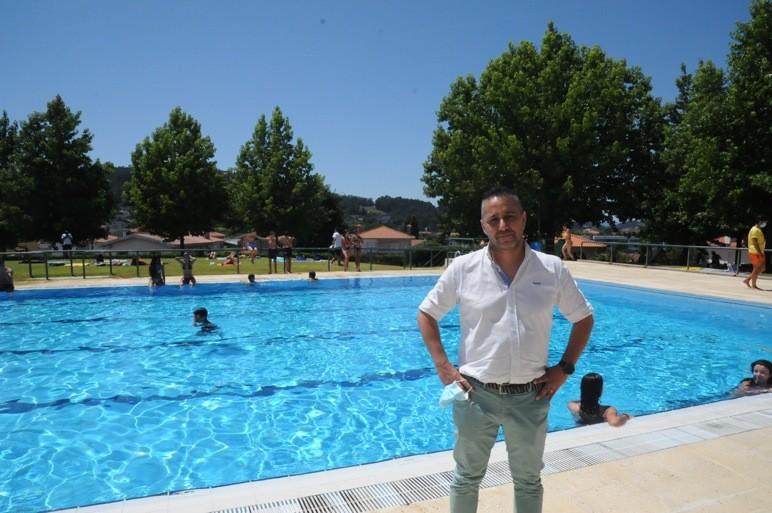 Piscina de Lamas proporciona férias refrescantes e em segurança