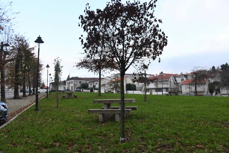 Freguesia de S. Tiago da Cruz vai reabilitar Largo Senhor dos Aflitos