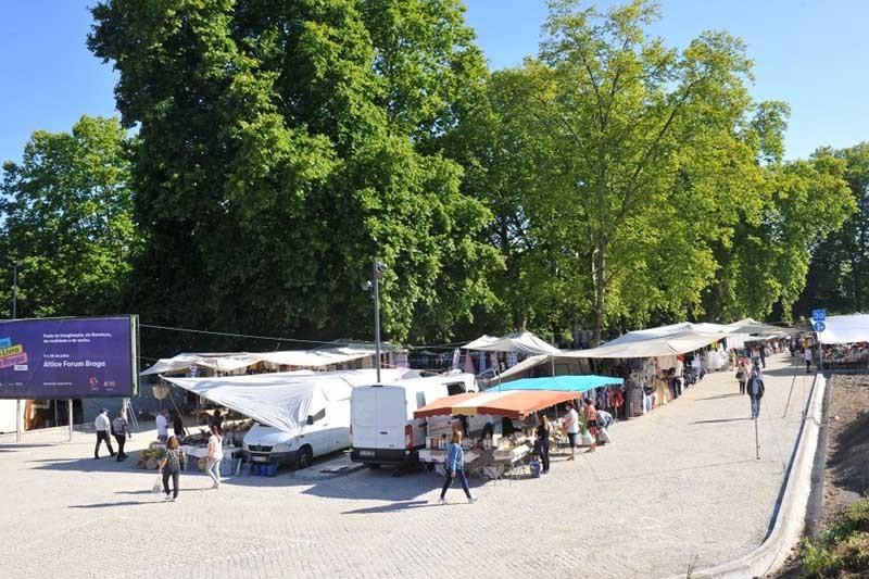InvestBraga sorteia lugares na feira semanal