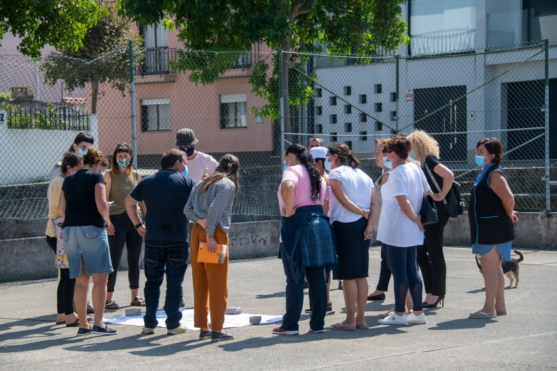 Moradores na habitação social de Apúlia envolvidos na requalificação do espaço exterior