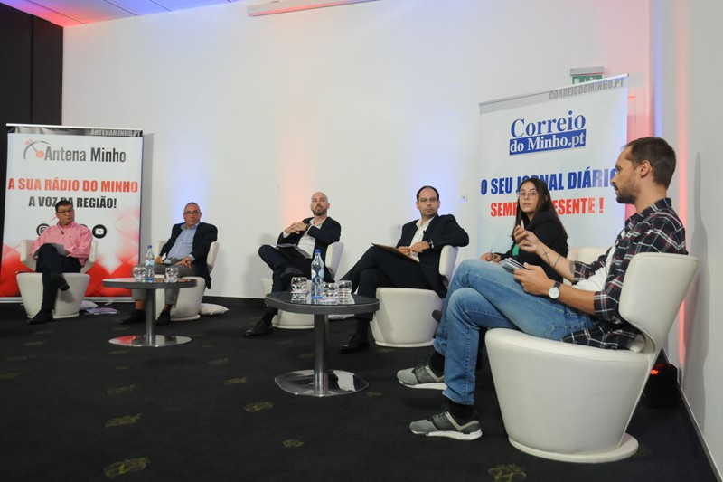 Mobilidade foi o tema central do debate dos candidatos à Junta de Freguesia de São Vicente