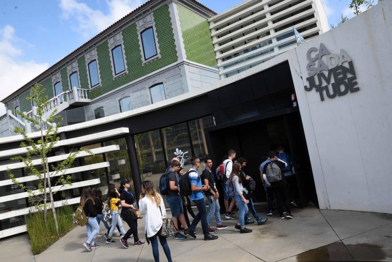 Candidaturas às bolsas de estudo do ensino superior abrem sexta-feira em Famalicão