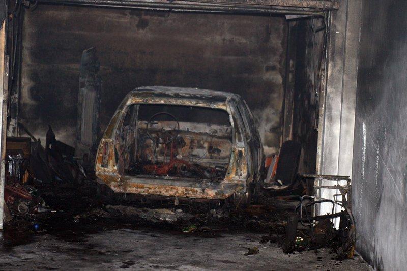 Polícia Judiciária investiga incêndio de um automóvel