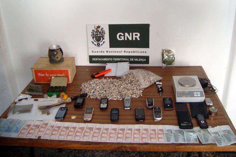 Cinco detidos em operação de combate ao tráfico