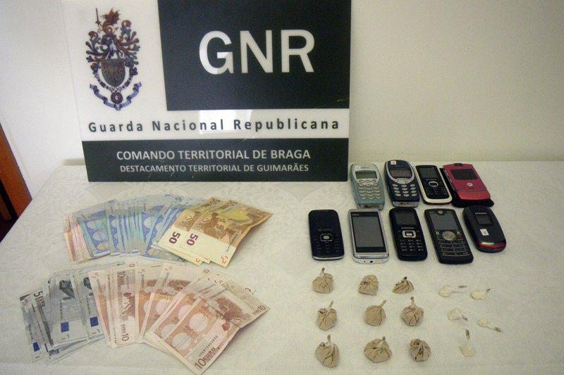 GNR de Guimarães deteve dois suspeitos de tráfico de droga