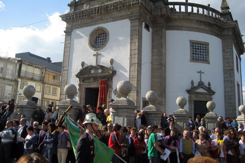Festas de Barcelos devem o sentido ao sinal da cruz