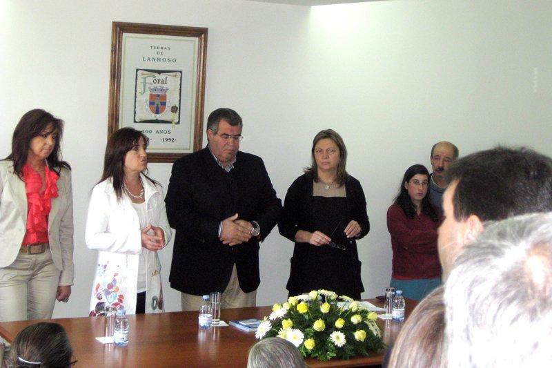 Manuel Baptista inaugurou Centro de Convívio em Vilela