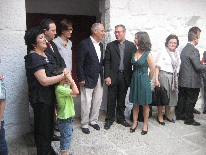Guimarães: D. António Couto baptiza 'Casa da Criança'