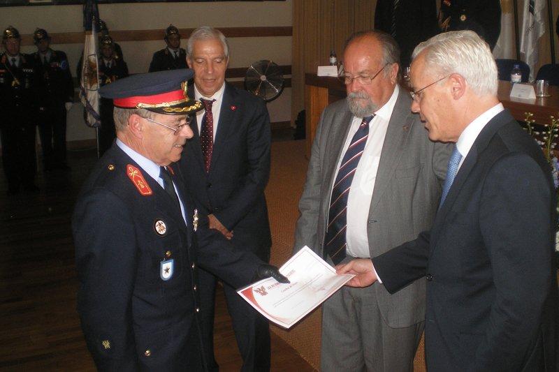 Miguel Macedo: 'Bombeiros Voluntários das Taipas fizeram um trabalho notável'