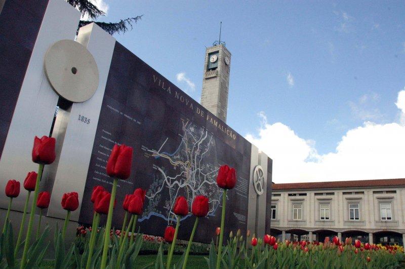 Câmara de Vila Nova de Famalicão prescindiu de 6,5 milhões de euros no IMI