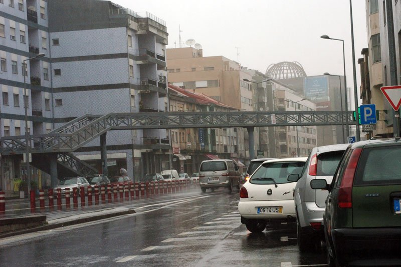 Câmara de Braga encomenda estudo à UMinho para melhorar trânsito e dar mais segurança aos peões